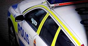 İsveç'te soygun girişimi bir kişi bıçaklandı
