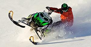 İsveç'te kar motoru 'Skotern' 18 yaşındaki bir kişiyi biçti!