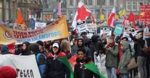 Londra ve Amsterdam'da ırkçılık karşıtı gösteri