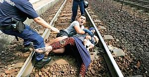 Macarların Mültecilere zulmü Nazileri aratmıyor!