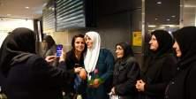 IGMG Hacıları İsveç'te güllerle karşılandı