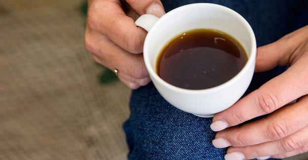 Üzerine kahve dökülen kadına 900 bin kron tazmimat