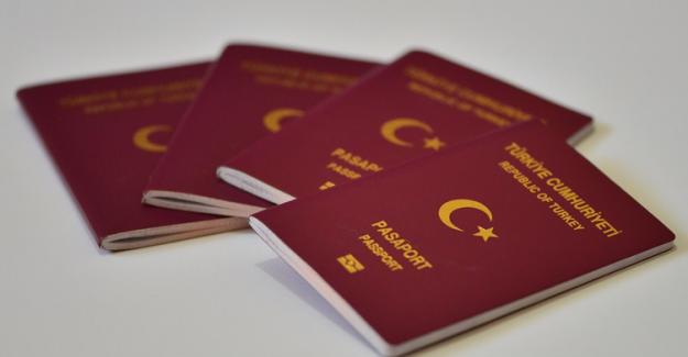 Yurt dışı giriş ve çıkışlarında pasaportlarına damga vurulması zorunlu oldu