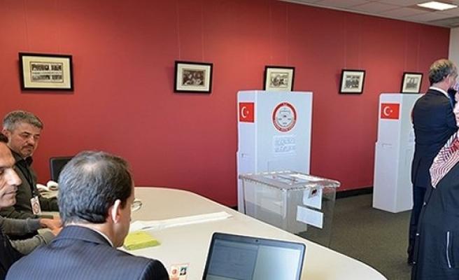 2015 genel seçim ilk oyu o ülkede kullanıldı