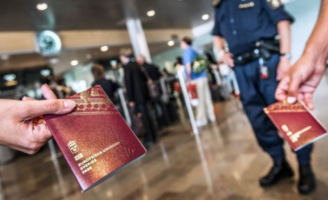 İsveç'in bir çok sınırlarında pasaport ve kimlik kontrolü başladı