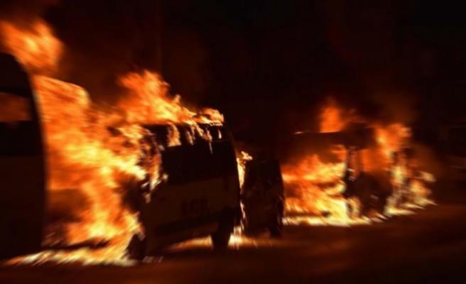 Göteborg'de rekor sayıda araç yakıldı