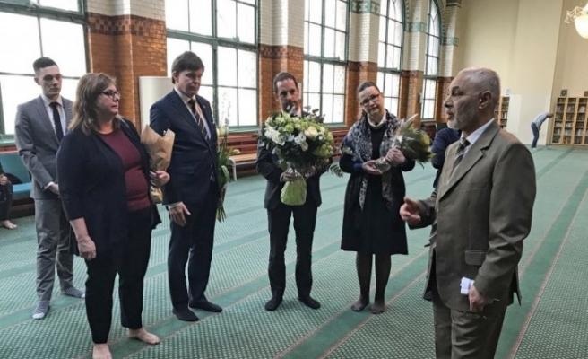 İsveç Meclis Başkanından Stockholm Camisi'ne taziye ziyareti