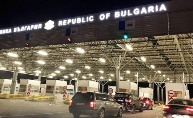 Bulgaristan'dan Türkiye'ye araçla gidecek gidecek sürücülere uyarı