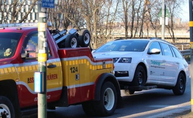 Stockholm'de güvenlik görevlisinin aracını kurşunlayan iki şüpheli yakalandı