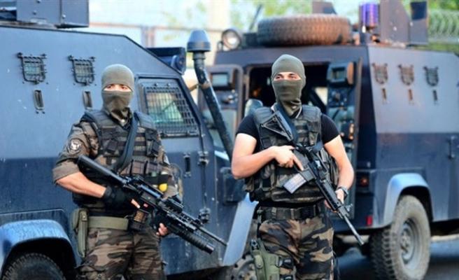 İsveç'te PKK'ya çalışan bir kişi İstanbul'da yakalandı