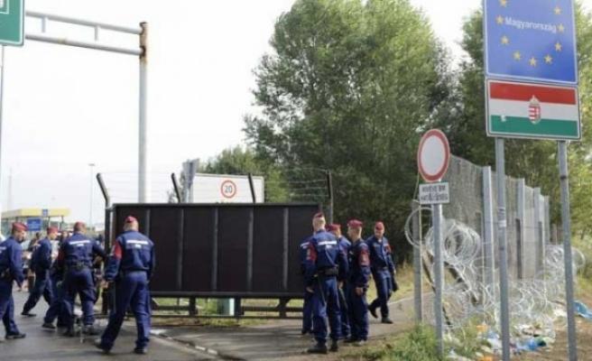 Sırbistan sınırında bu sene gurbetçileri Türk polisi karşılayacak