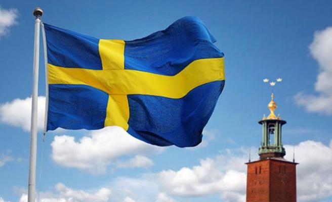 İsveç ne kadar vatandaşlık verdi?