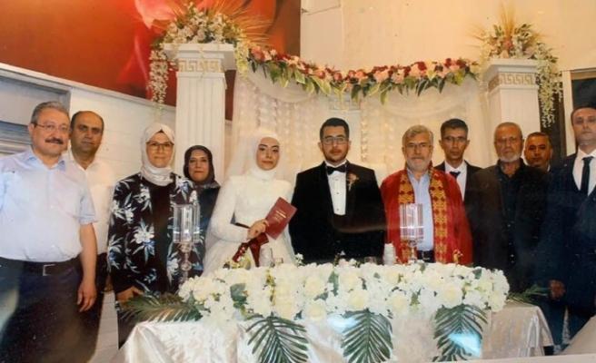UID İsveç Gençlik Kolları Başkanı Evlendi