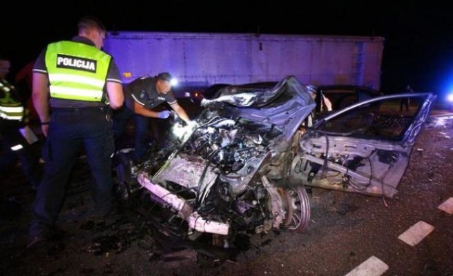 Sıla yolunda kaza: ''İki gurbetçi Konya'dan gelirken hayatını kaybetti''