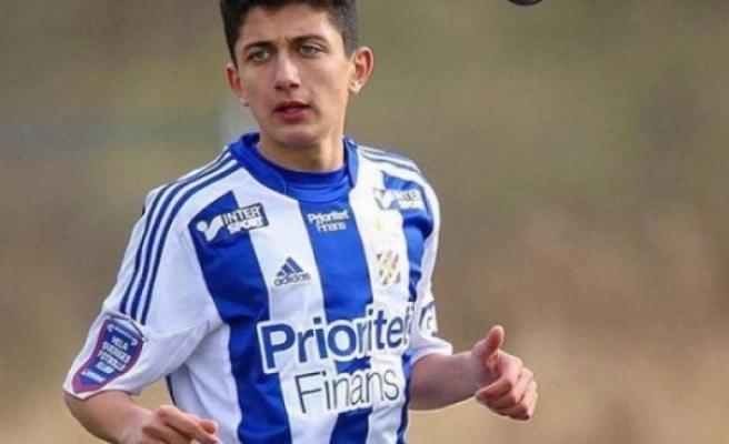 Türk asıllı oyuncu İsveç'ten Türkiye'ye transfer oldu
