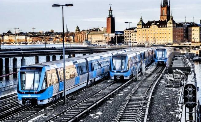 Gamla Stan'da arıza trenler (Tunnelbana) durdu