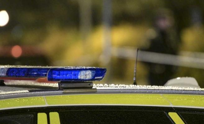 İsveç'te mont için genci bıçakladılar