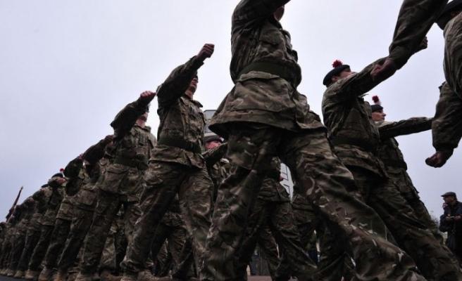 İngiliz ordusunda ekonomik kriz
