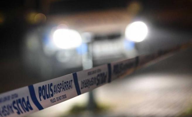 İsveç'te saldırgan av tüfeğiyle bir evi kurşun yağmuruna tuttu
