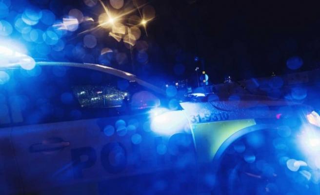 İsveç'te polis: Molotof atanlara ateş açtı