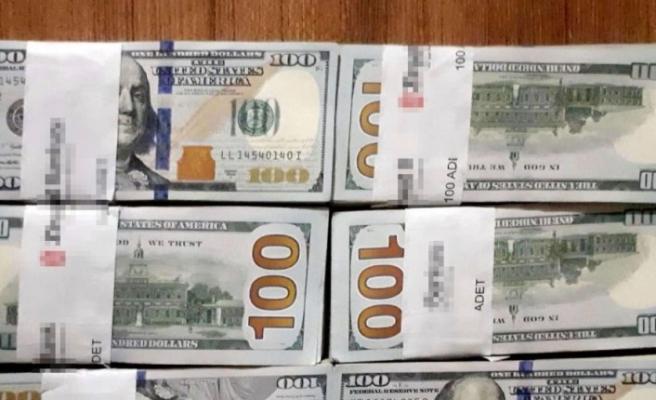 Konya'da 70 bin dolar yanlışlıkla çöpe atılınca...