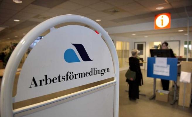 İsveç'te Arbetsförmedlare - İş koçunu tehdit eden iki kişiye hapis