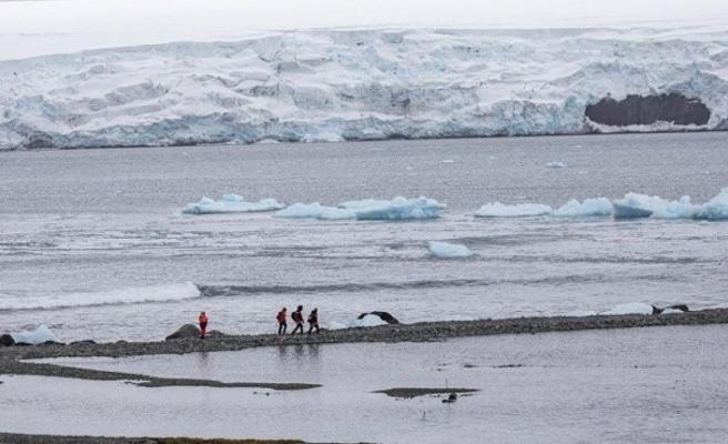 Geleceğin tehlikesi: Kutuplar ısınıyor buzullarda tarihi sıcaklık!