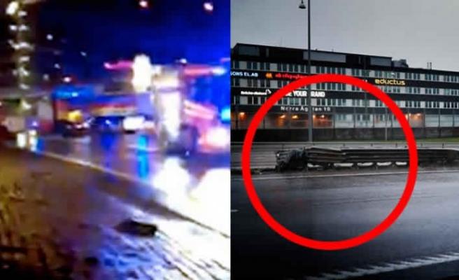 İsveç'te meydana gelen feci kazada 4 genç hayatını kaybetti