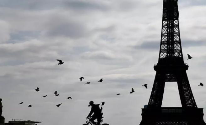 Fransa'da OHAL tasarısı onaylandı: Koronavirüs nedeniyle son bir günde 112 kişi daha hayatını kaybetti