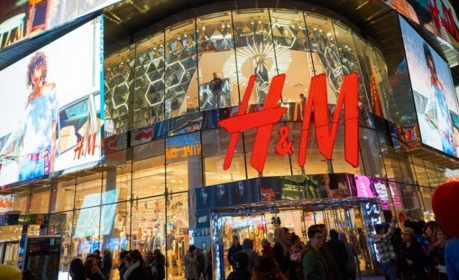 H&M 2 bin kişiyi işten çıkardığını duyurdu