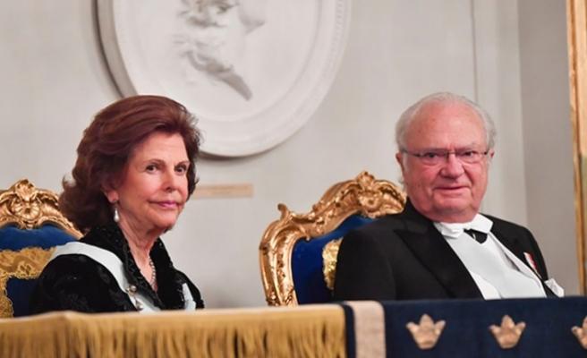 İsveç'te koronavirüs kraliyet yemeğini iptal ettirdi