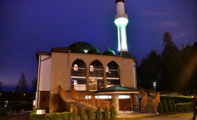 Koronavirüsü nedeniyle İsveç'te büyük camilerde cuma namazı kılnmayacak