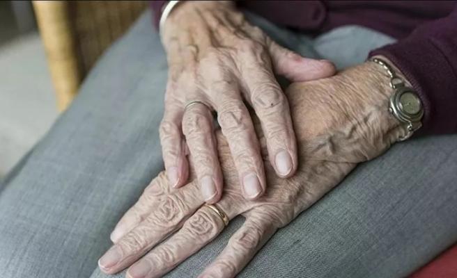5 yaşında İspanyol gribini atlatan kadın, 106 yaşında Kovid-19'u yendi