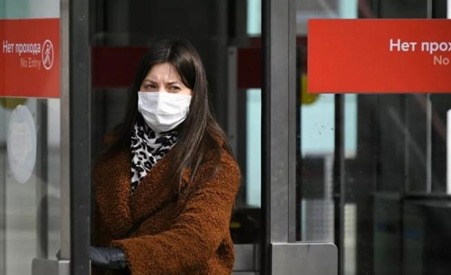 Rus doktor uyardı: Yeni tip koronavirüs 'ebediyen geldi'