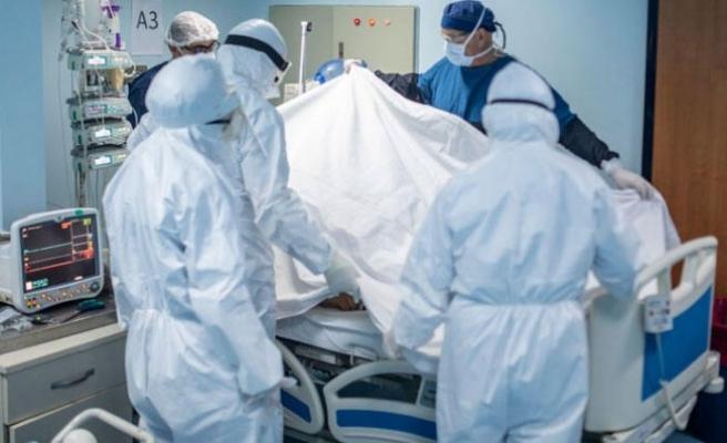 Türkiye'de koronavirüse yakalanan sağlık çalışanı sayısını açıklandı