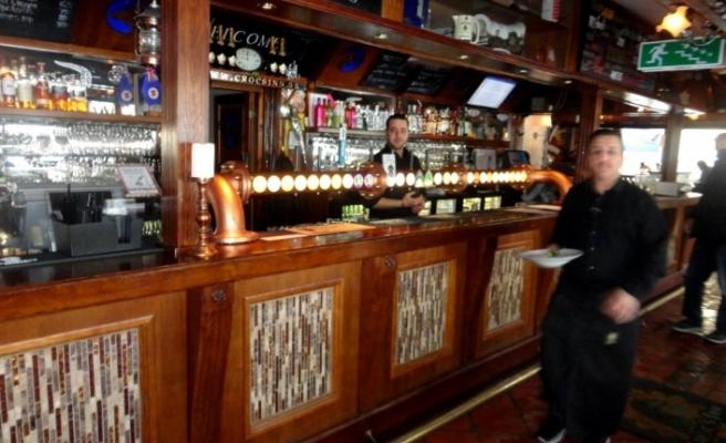 Södertälje'deki meşhur restoran koronavirüs nedeniyle kapatıldı