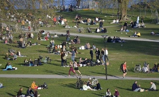 Covid-19 politikası eleştirilen İsveç'te nisan, son 27 yılın en ölümlü ayı oldu