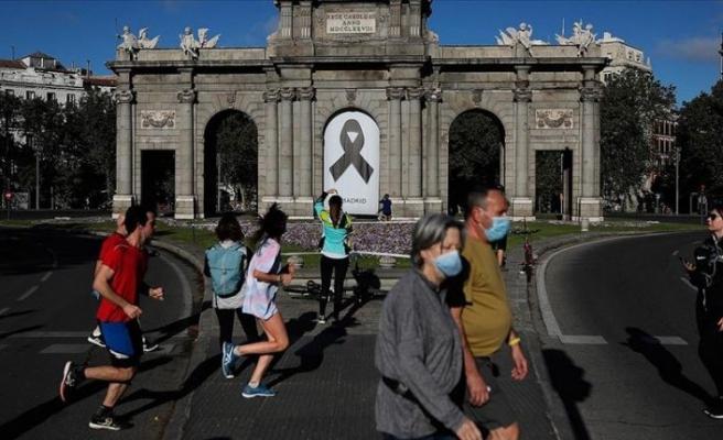 İspanya'da yakınlarını kaybedenler hükümete karşı mahkemeye başvurdu