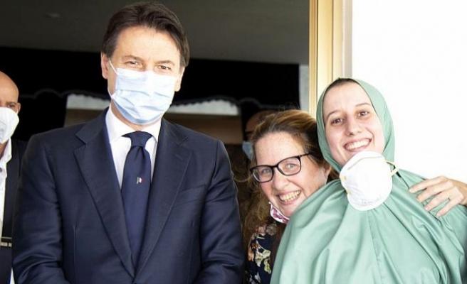 Müslüman olmayı seçen kadına aşırı sağcılardan 'Stockholm Sendromu' benzetmesi