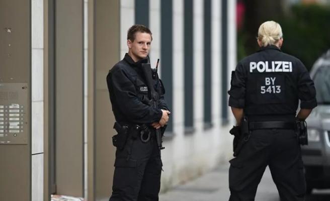 Almanya'da Müslümanlara saldırı hazırlığında olan bir kişi tutuklandı