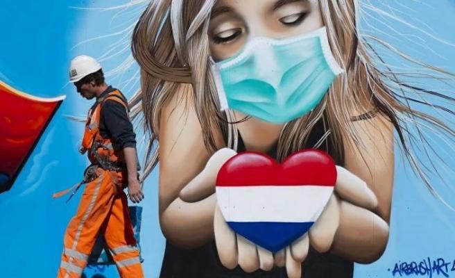 Hollanda, Türklerin de aralarında bulunduğu AB dışındaki sevgililere kapıyı açıyor