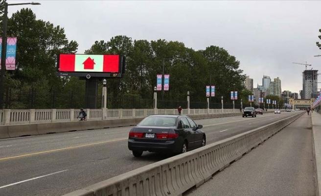 Kanada'da peçe takan kadınlara maske muafiyeti