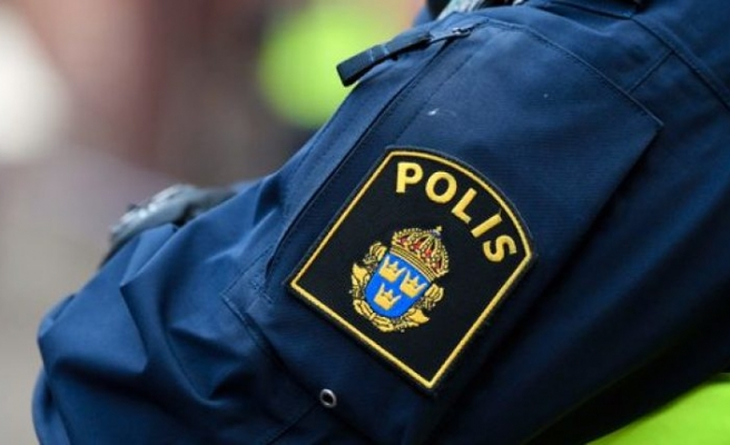 Bir evde adam ölü bulundu, kadın tutuklandı