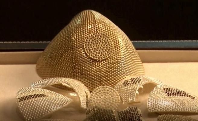 Dünyanın en pahalı Covid-19 maskesi: Değeri 1,5 milyon dolar