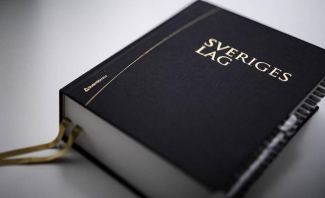 İsveç'te 230 kürek darbesiyle işlenen cinayet davası karara bağlandı