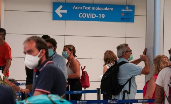 Koronavirüs salgınında günlük vaka sayısında rekor: 300 bin kişiye bulaştı