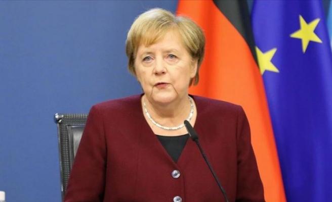Merkel: AB-Türkiye ilişkilerinde ilerleme her iki tarafın da çıkarına