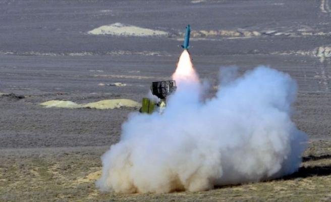 Azerbaycan ordusu saldırı hazırlığındaki Ermenistan'a ait uçağı düşürdü