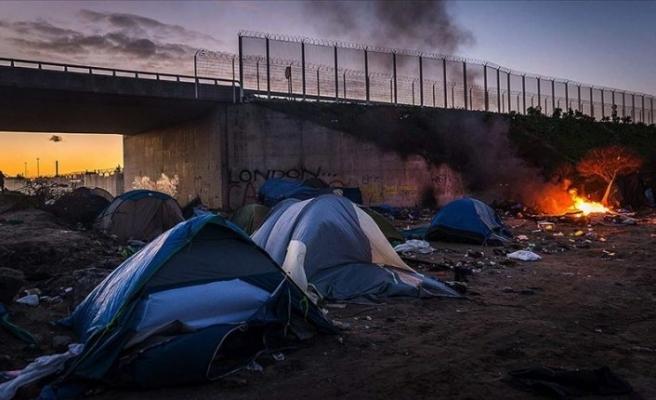 İngiltere ve Fransa yasa dışı göçle mücadele anlaşması imzaladı