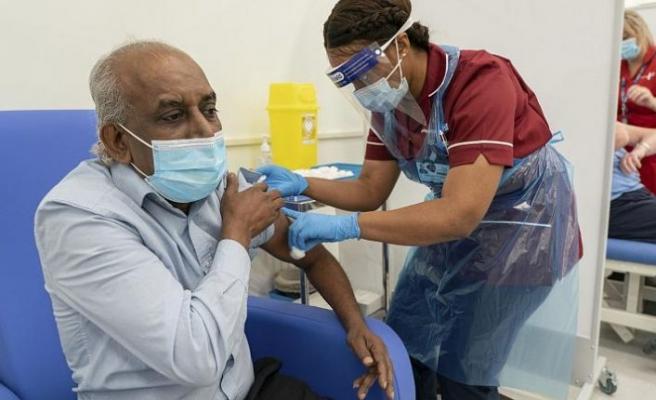 İngiltere'de dün başlayan Pfizer-BioNTech aşısı için alerjik reaksiyon uyarısı